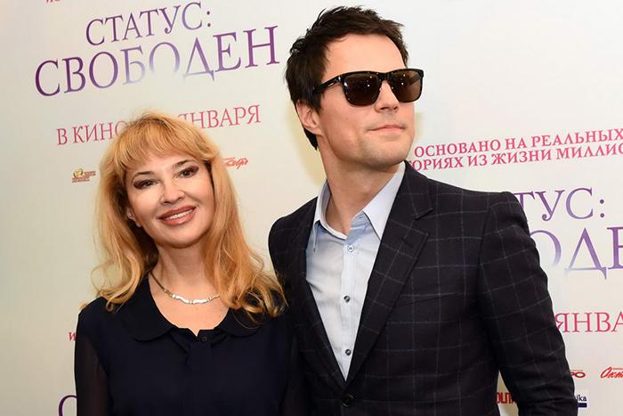 фото мать данилы козловского