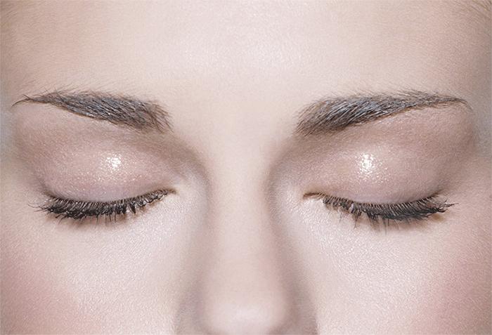 омоложение глаз